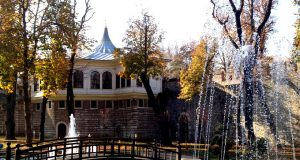 ahmet-hamdi-tanpinar-edebiyat-muze-kutuphanesi