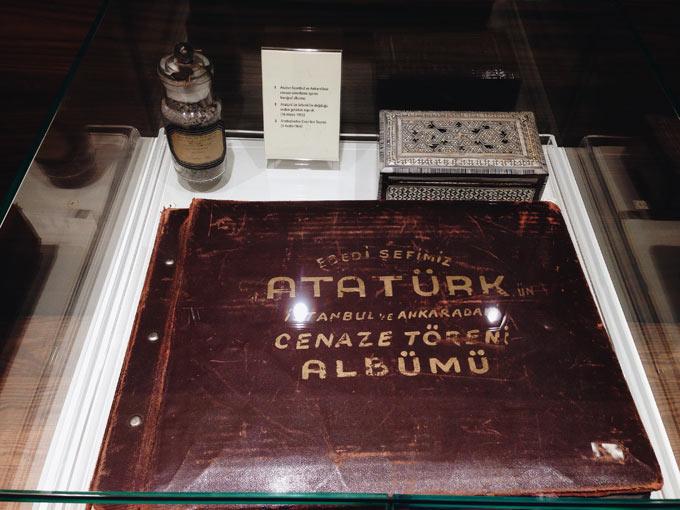 ataturk-cenaze-albumu